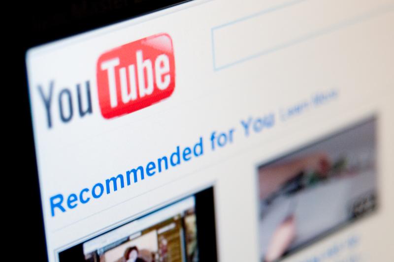 A YouTube megszünteti a videók előtti átugorhatatlan hirdetéseket