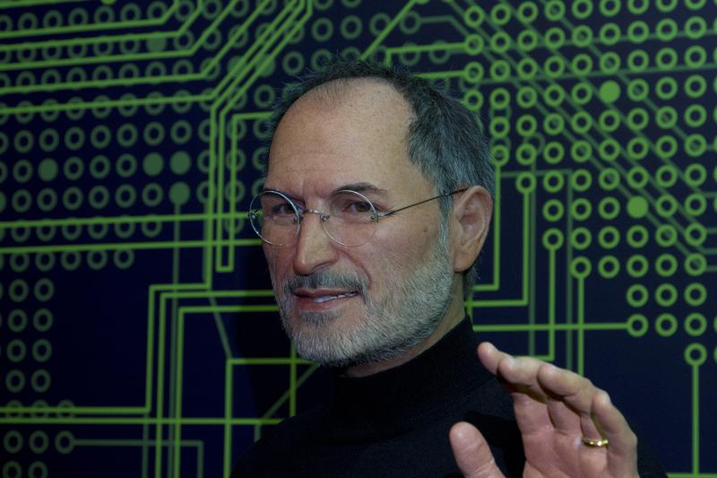 http://www.dreamstime.com/stock-photography-steve-jobs-co-founder-apple-statue-grévin-museum-montréal-image36142782
