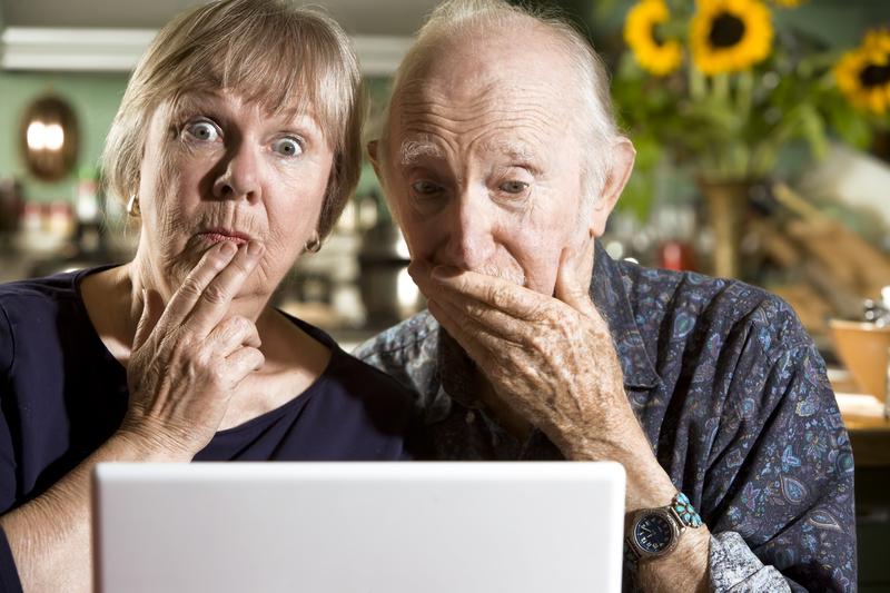 http://www.dreamstime.com/stock-photo-perplexed-senior-couple-laptop-computer-image6212840